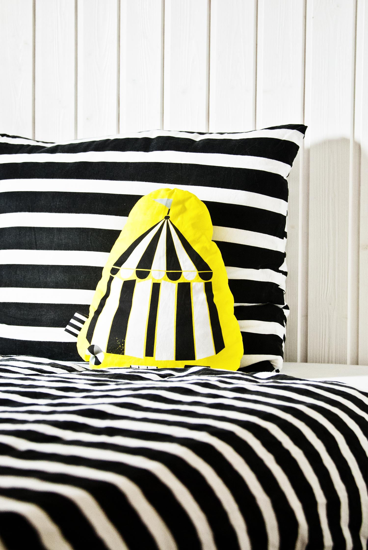 DIY pillow spoonflower